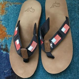 Vineyard Vines men's flip flops, new without tag.